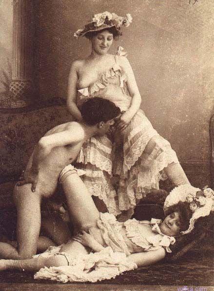 Secretaria mamando en la oficina - 2 part 6
